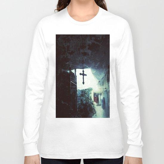 Faith inside the house Long Sleeve T-shirt