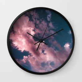 otro cielo rosado. Wall Clock