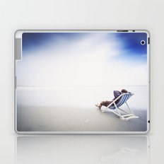 Chilling at the Beach Laptop & iPad Skin