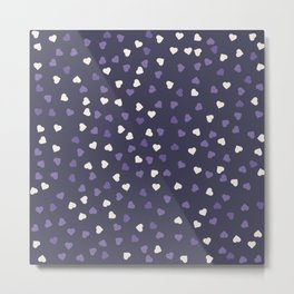 Seamless pattern with ultra violet and white hearts Metal Print