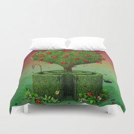 flowering tree in shape of heart and labyrinth Duvet Cover