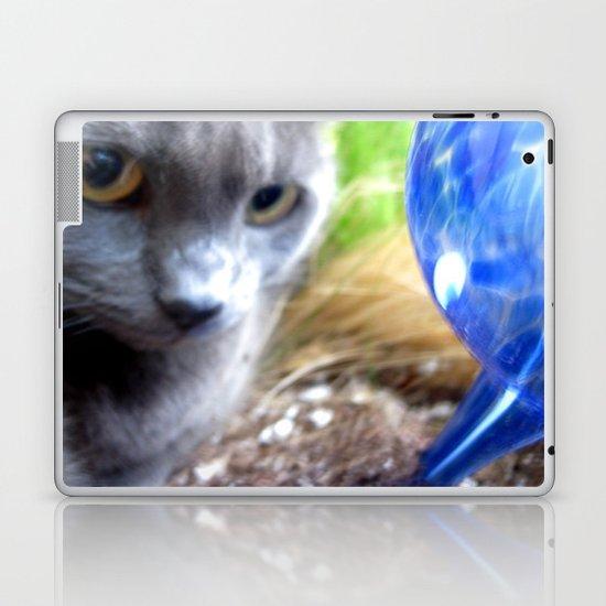 Greyjob VS. The Aquaglobe  Laptop & iPad Skin
