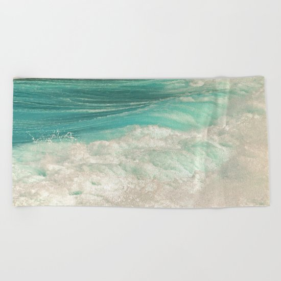 SIMPLY SPLASH Beach Towel