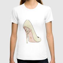 Khaki shoe T-shirt