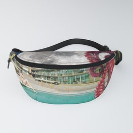 Octopus in the pool Fanny Pack