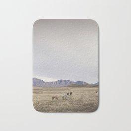 Minimalistic Westen Landscape Bath Mat