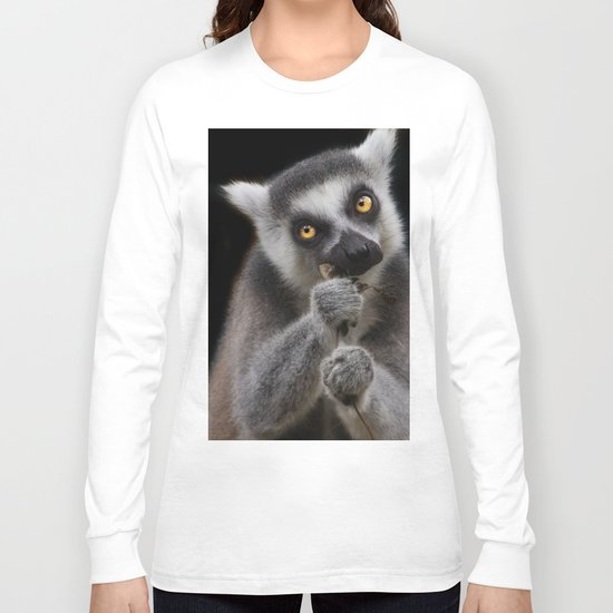 Lemur eating Long Sleeve T-shirt