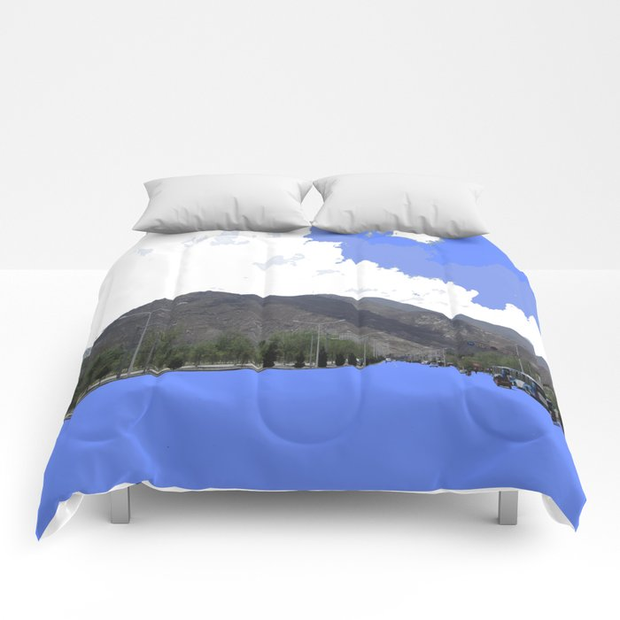 Lots Of Fresh Air Comforters