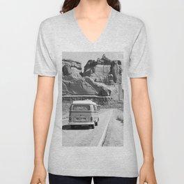 Retro Van in Desert, Black and White Wall Art Unisex V-Neck