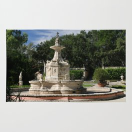 Garden Fountain Villa Vizcaya Rug