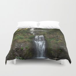 Multnomah Falls, Columbia River Valley, Portland, Oregon. Duvet Cover