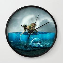 The lost Aquarium Wall Clock