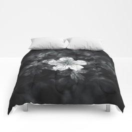 Minimalistic black and white flower petal Comforters