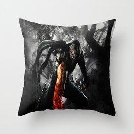ninja legend Throw Pillow
