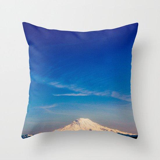 Mt. Rainier . ii Throw Pillow