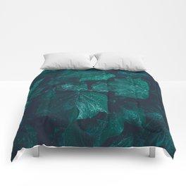 Dark emerald green ivy leaves water drops Comforters