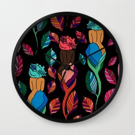 afro chicas 9 afro roses Wall Clock