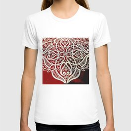 Oriental antique mosaic ornaments pattern in Red  T-shirt
