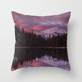 Mt. Bachelor sunrise reflection Throw Pillow