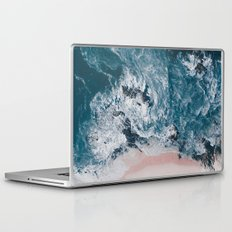 I love the sea - written on the beach Laptop & iPad Skin