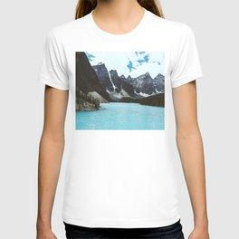 Lake Moraine landscape T-shirt