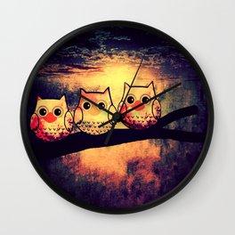 owl-194 Wall Clock