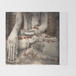 Buddha with flowers Throw Blanket