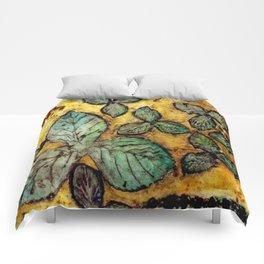 Leafy Summer Days Comforters