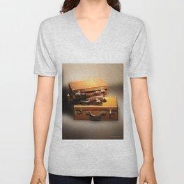 Vintage leather Suitcases Unisex V-Neck