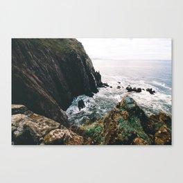 Cliffs to the Sea    Oregon Coast Canvas Print