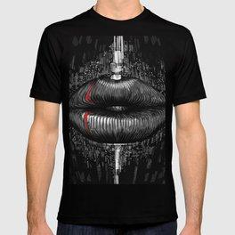 iss lips T-shirt