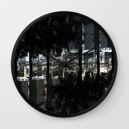 Creases interspersed with adjacent disconnections. [D] Wall Clock