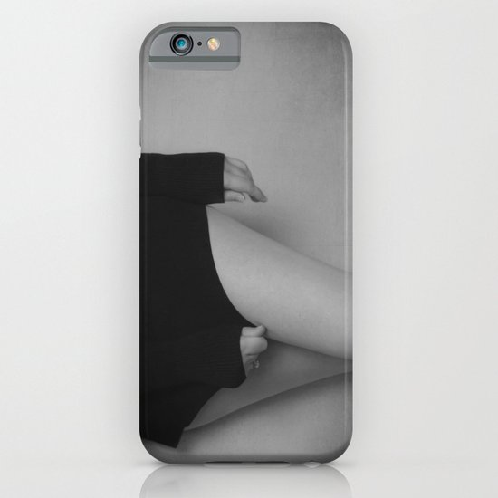 a simple black & white iPhone & iPod Case