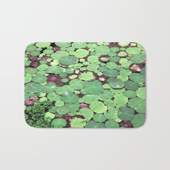 Nymphaeaceae Bath Mat
