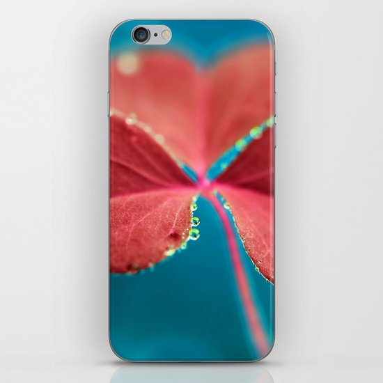 You turn my heart every which way - pink clover macro. iPhone & iPod Skin