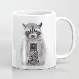Raccoon Measuring Light / Mapache Midiendo la Luz Coffee Mug