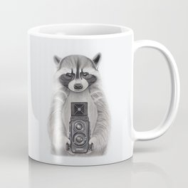 Raccoon Measuring Light / Mapache Midiendo la Luz Coffee Mug