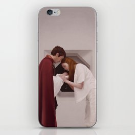 Doctor Who - Family Reunion iPhone Skin