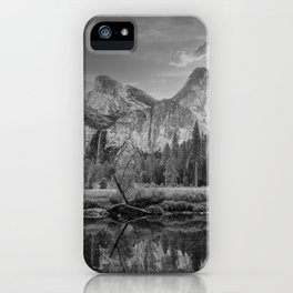 Valley View 6654 B & W - Yosemite National Park, CA iPhone Case