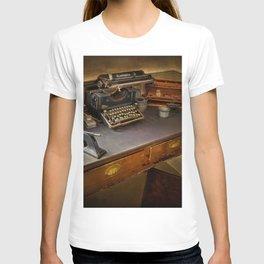 Vintage Writers Corner T-shirt