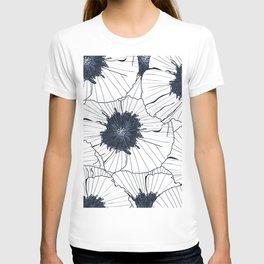 Navy and white poppies T-shirt