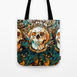 Old Skull Tote Bag