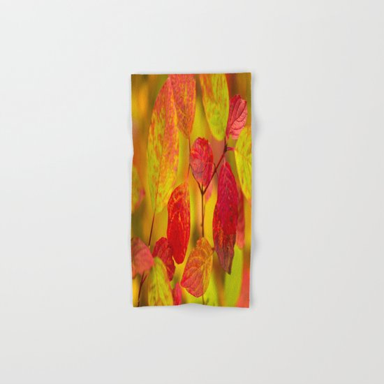 Red autumn leaves Hand & Bath Towel