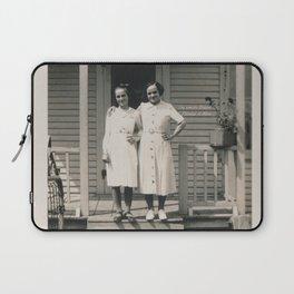 Les soeurs Bisson, Thérèse et Alice - The sisters Bisson, Therese et Alice Laptop Sleeve