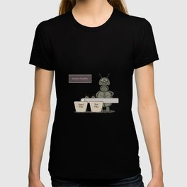 bug as a inspector of quality T-shirt