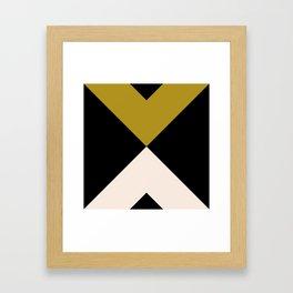Minimal X Dark Olive Gerahmter Kunstdruck