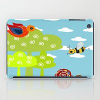bee iPad Cases featuring bee by BruxaMagica_susycosta