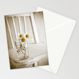 Simple White Daisy Flowers Stationery Cards