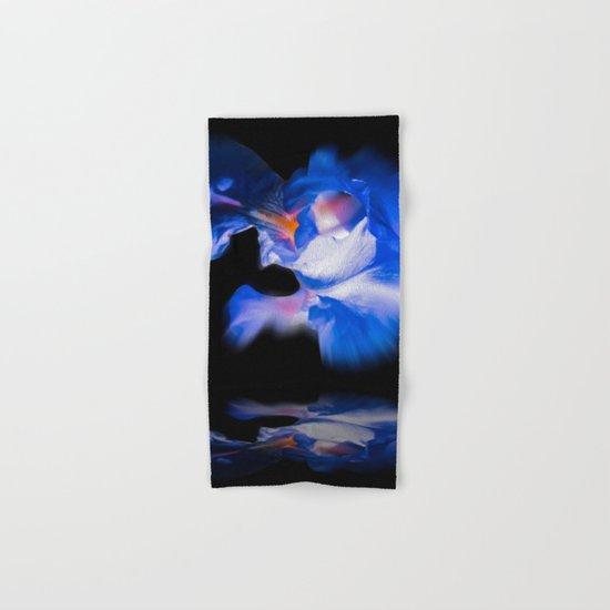Lily Hand & Bath Towel