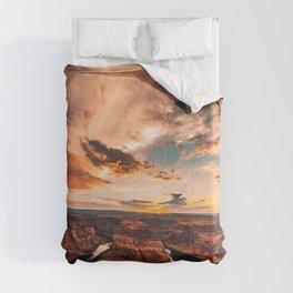 horse shoe bend canyon Comforters